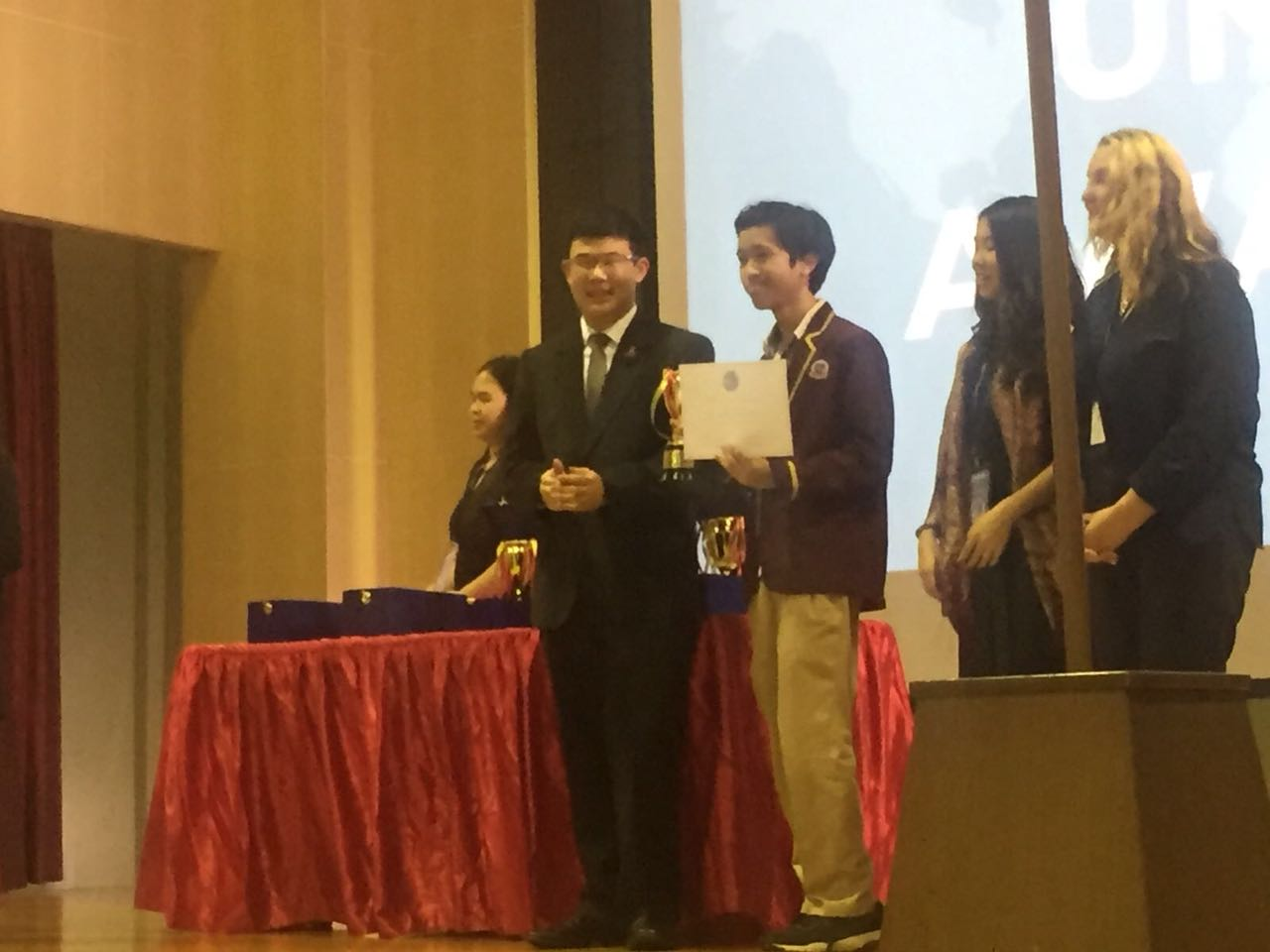 Outstanding Achievements at MUN Conference SISPIK